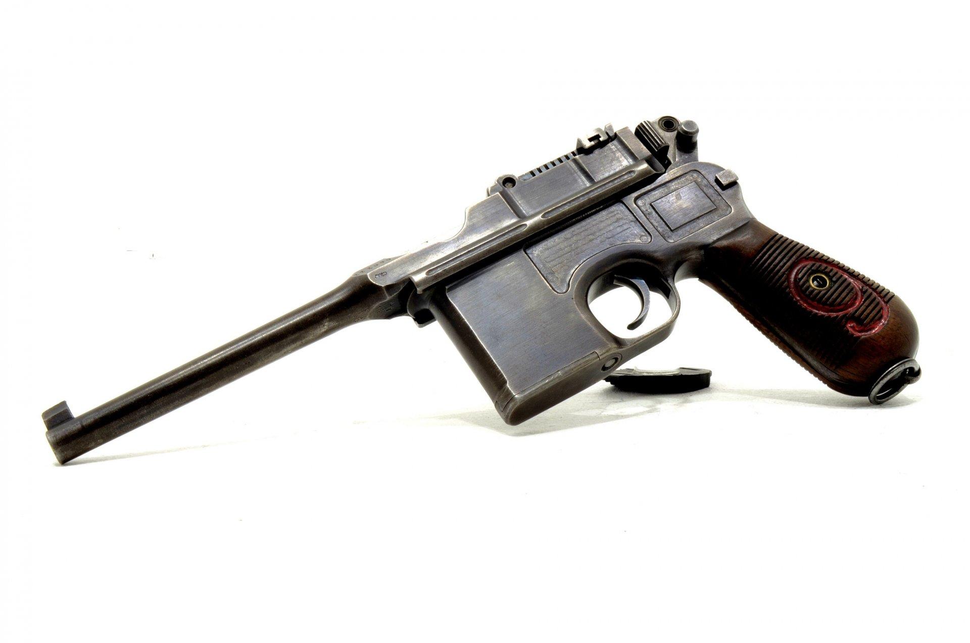 mauzer-s96-mauzer-magazinnyj-pistolet.jp