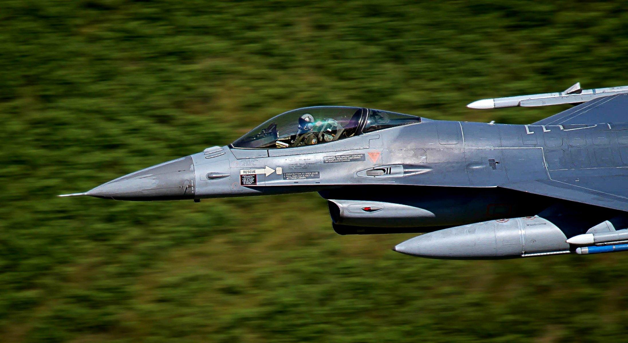 Обои fighting falcon, истребитель, F-16c, кабина. Авиация foto 15
