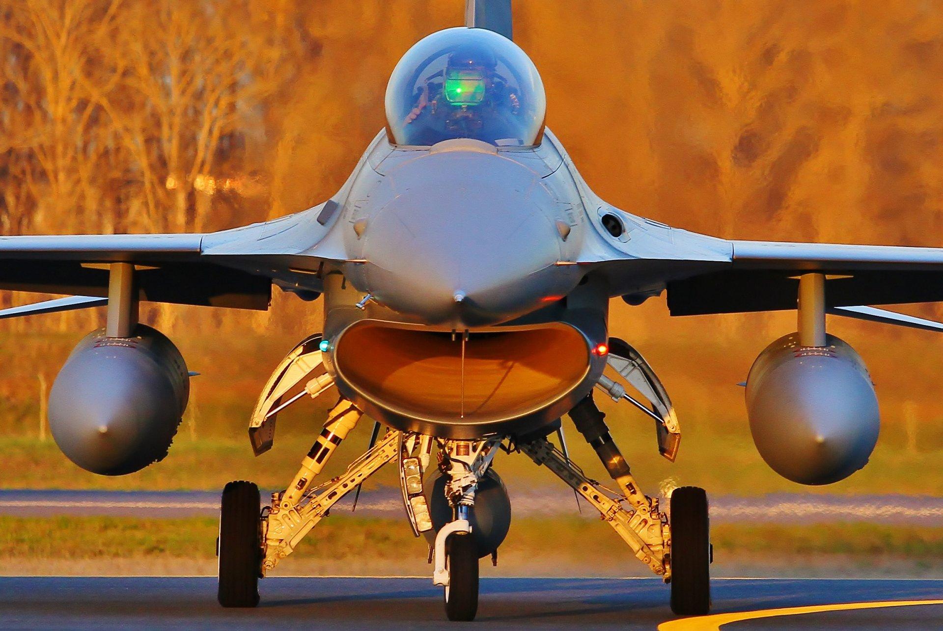 Обои fighting falcon, истребитель, F-16c, кабина. Авиация foto 12