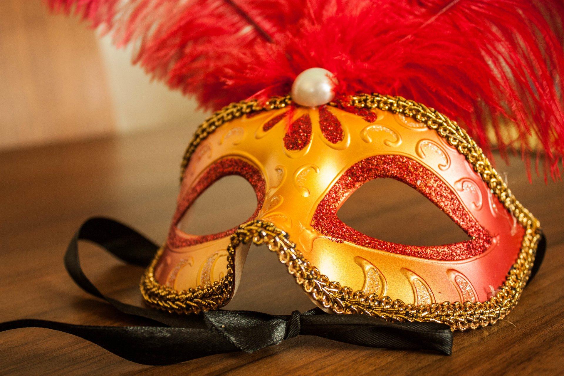 Как сделать театральную маску своими руками