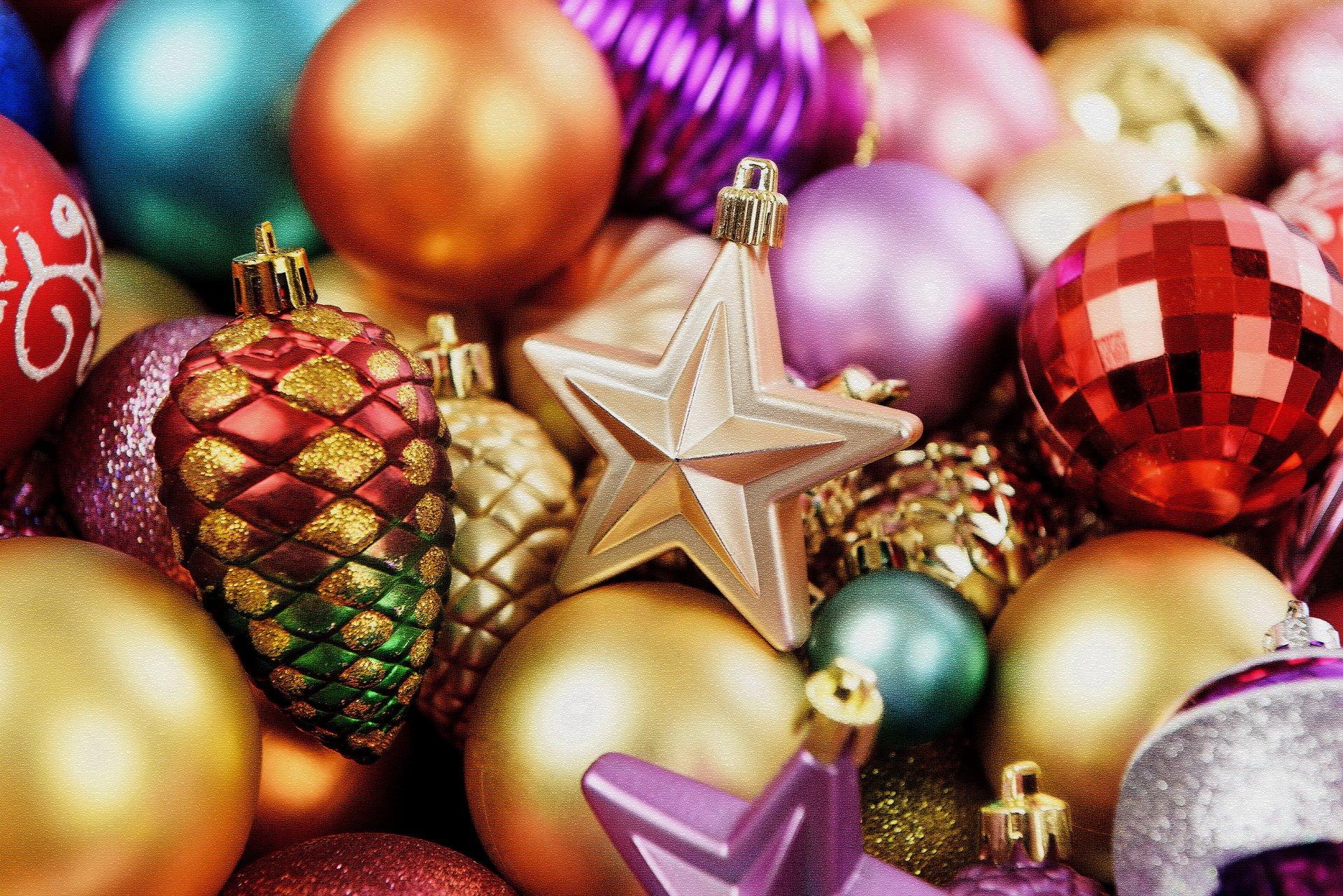 Картинки с новогодними игрушка