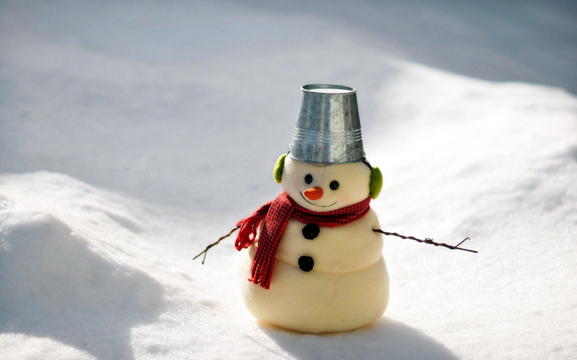 Картинки смешной снеговик