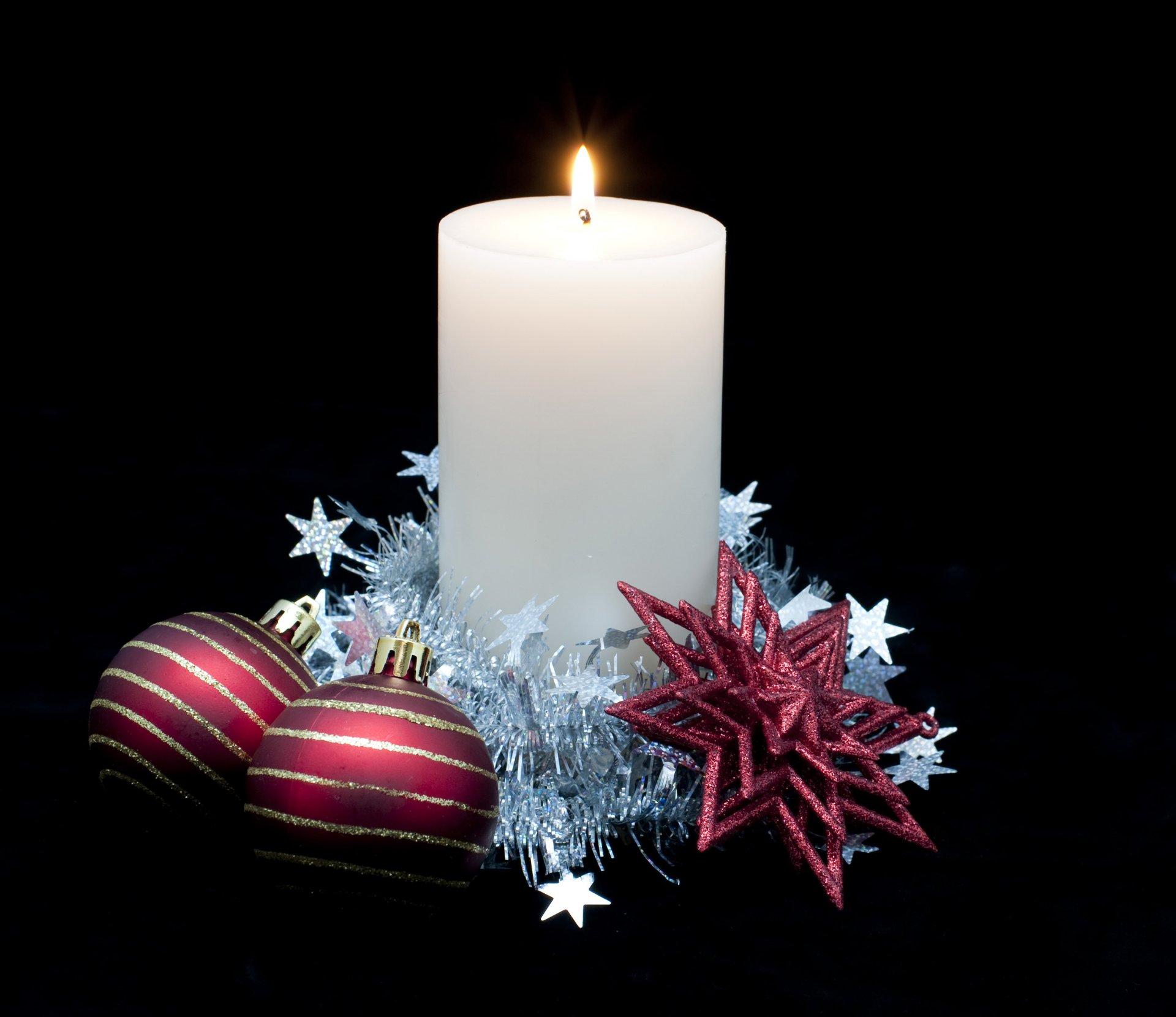 Днем, с новым годом открытка свечи