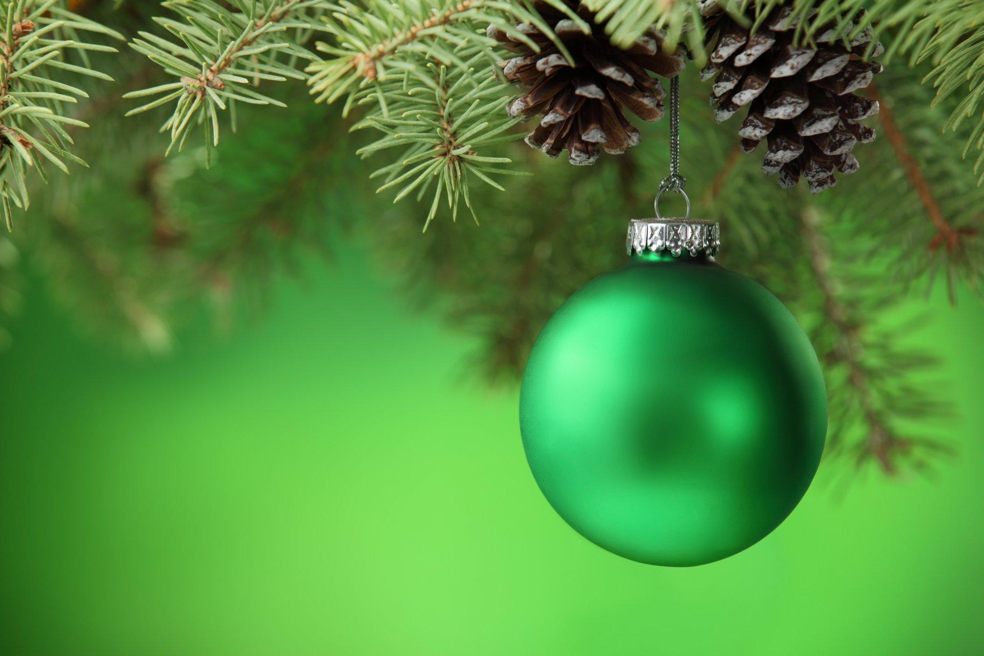 Открытки с новым годом с елкой и шариками, винкс