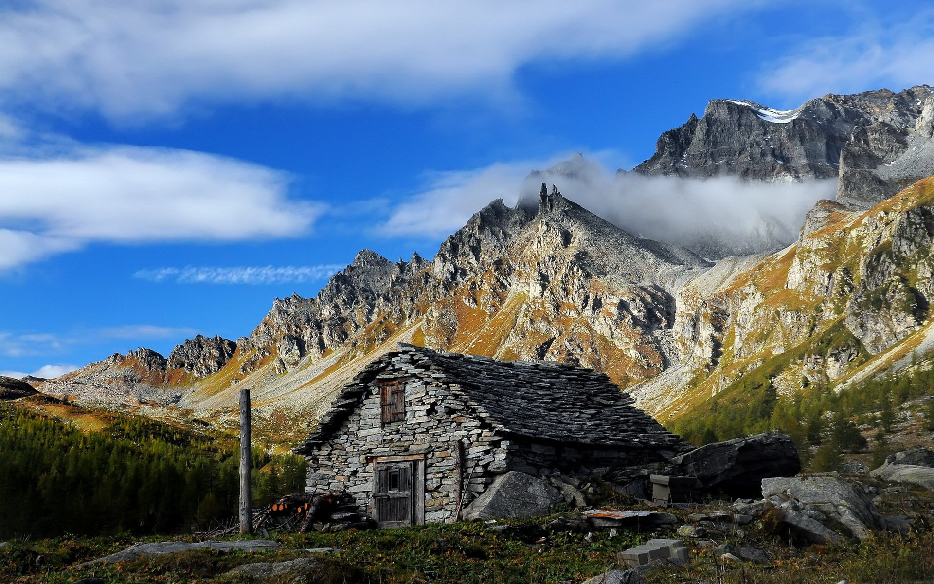 Картинки домов в горах