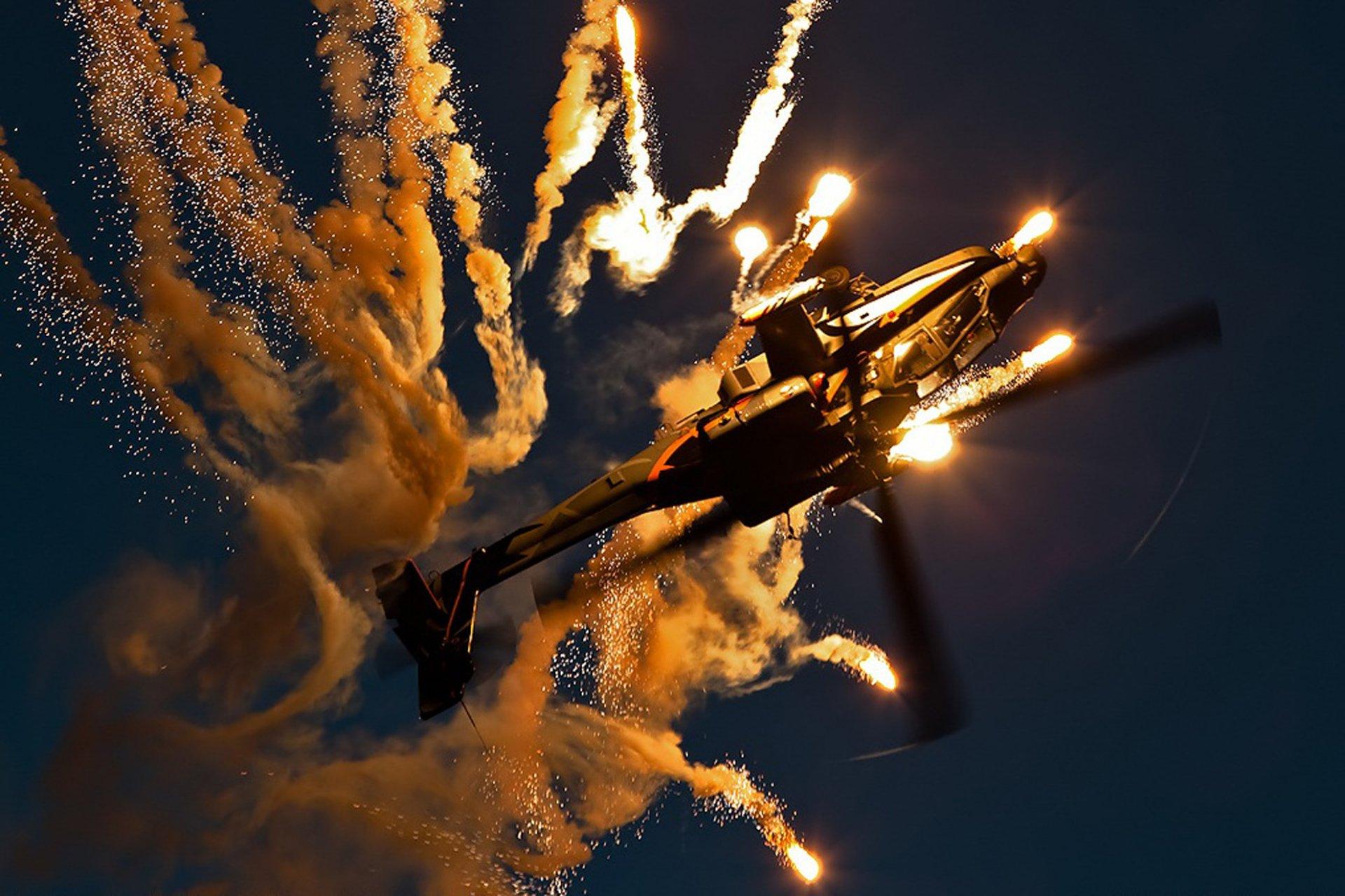 Искры, полет, огонь, вертолет, небо, самолет  № 3748975 загрузить
