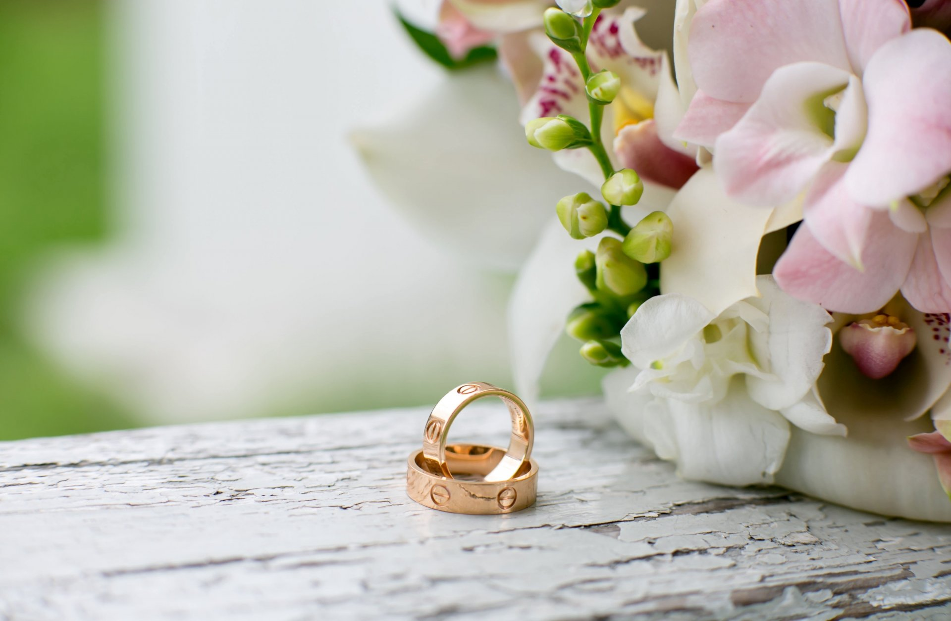 Обои свадебные кольца