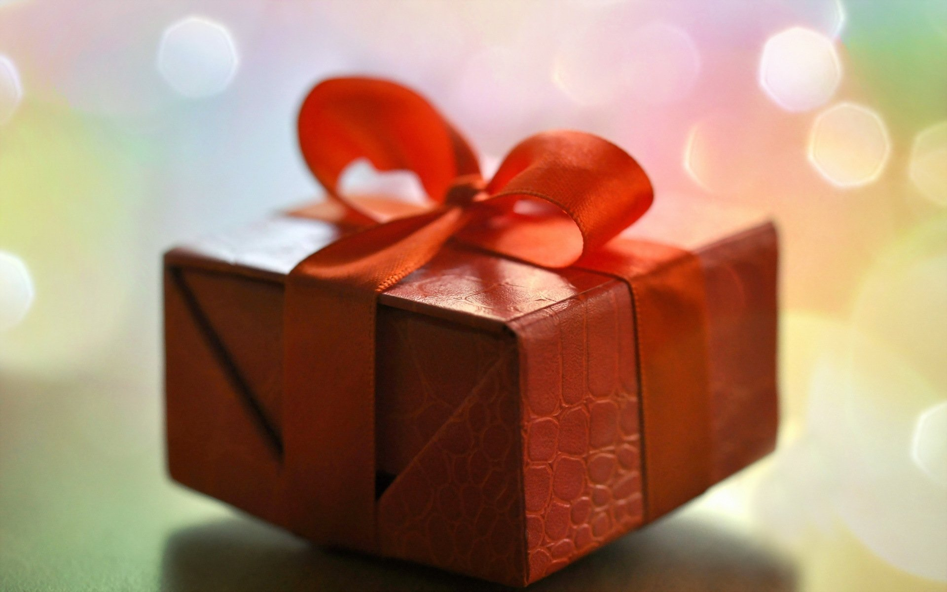 Открытки новым, картинки с коробками подарков
