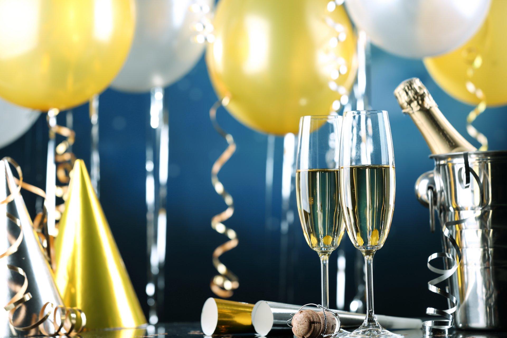 Открытка с днем рождения мужчину шампанское, днем рождения