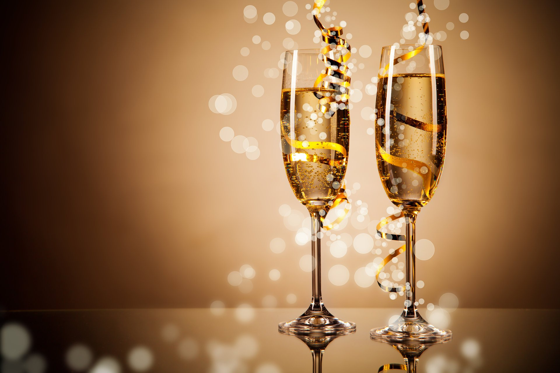 Картинки с фужерами шампанского, днем рождения элеонора