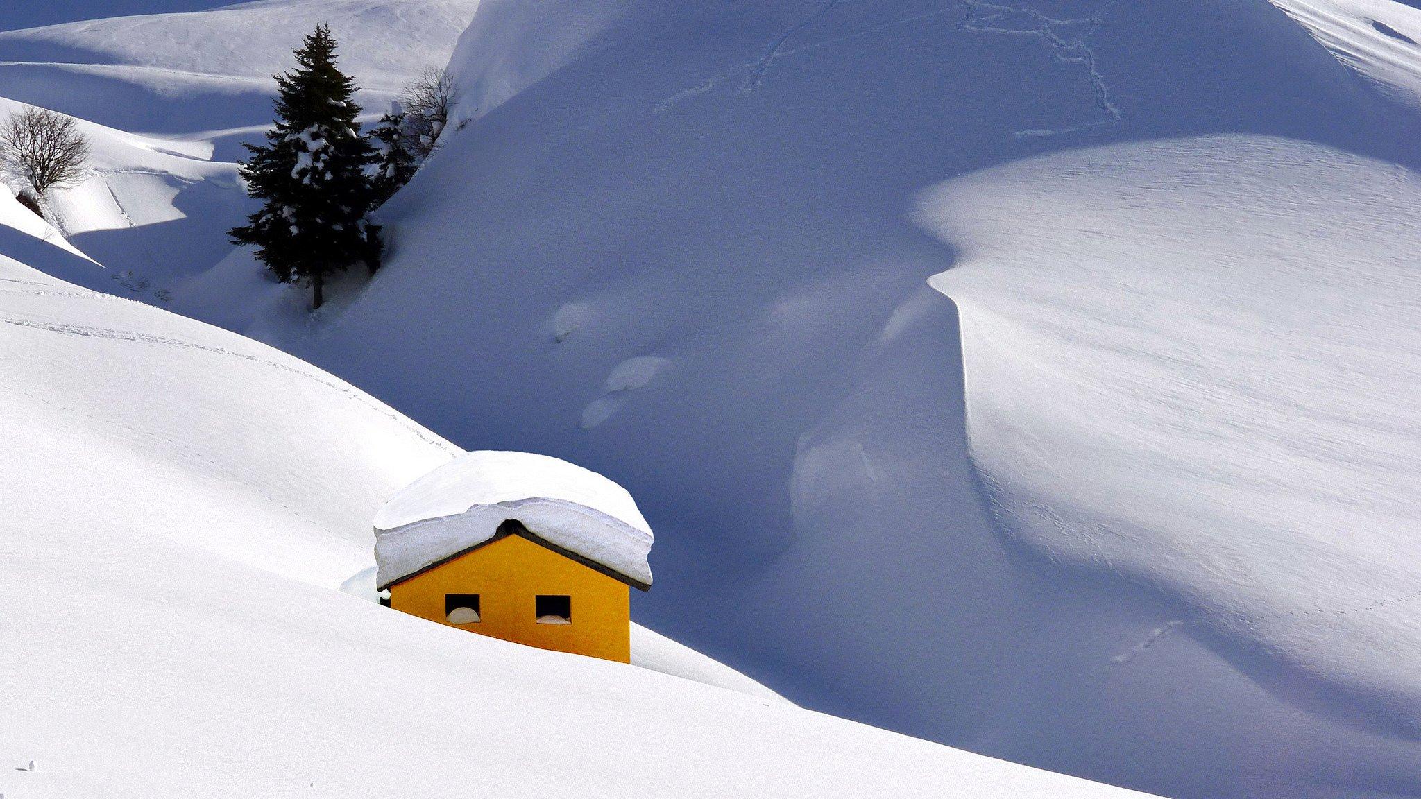 домик горы снег зима загрузить