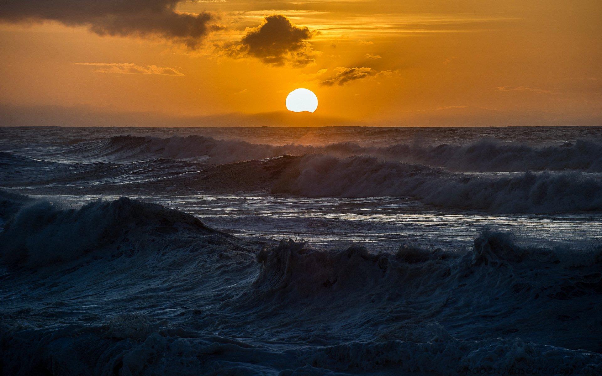морской закат перед бурей скачать