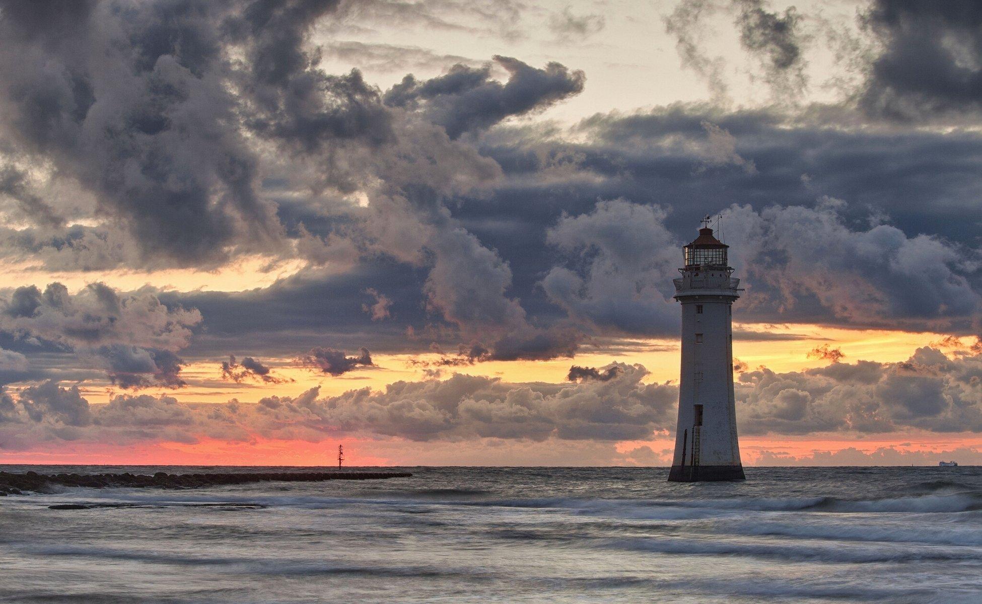 Днем рождения, картинки маяки на море
