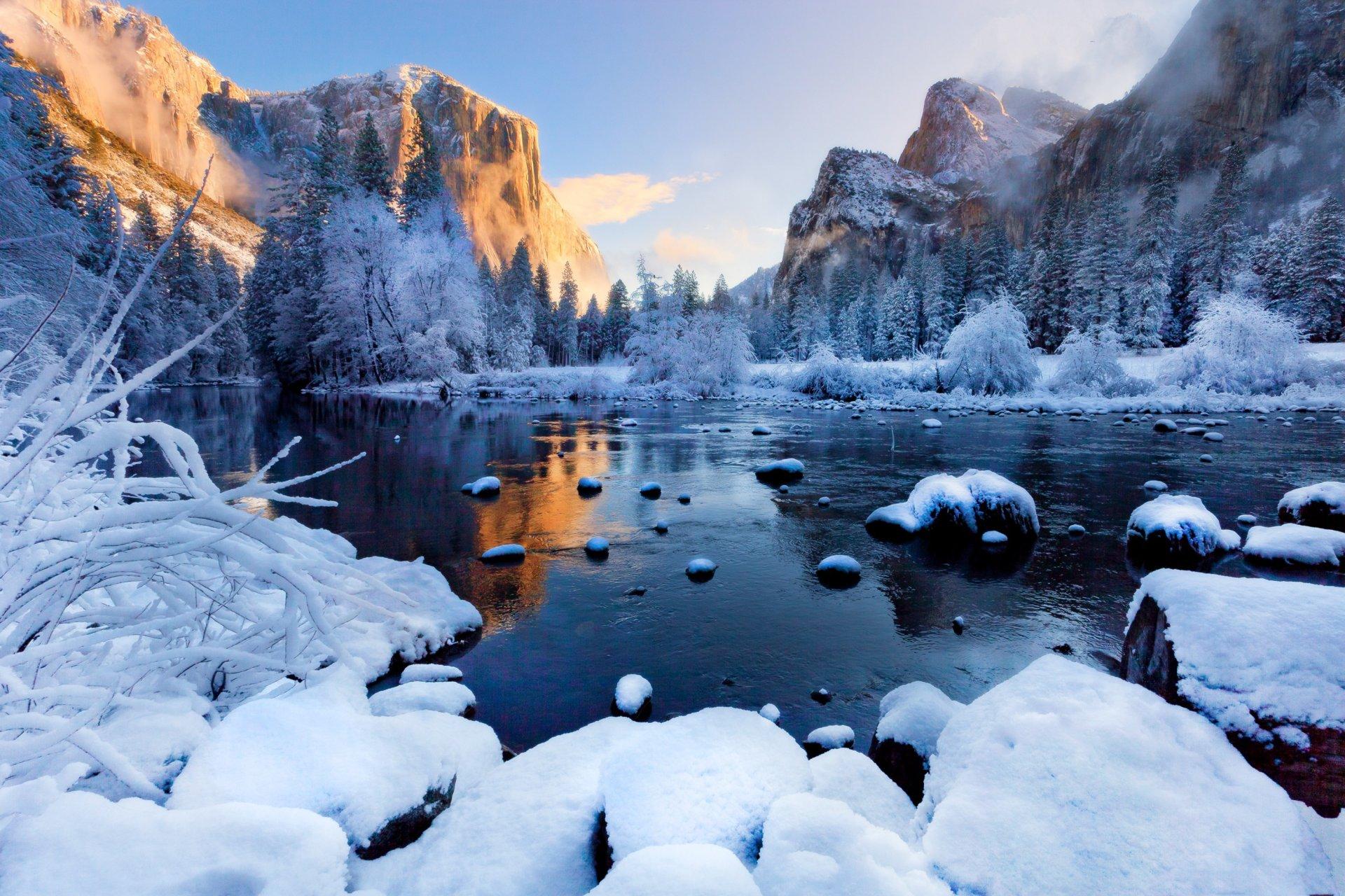 это фотообои на комп зима в горах самым