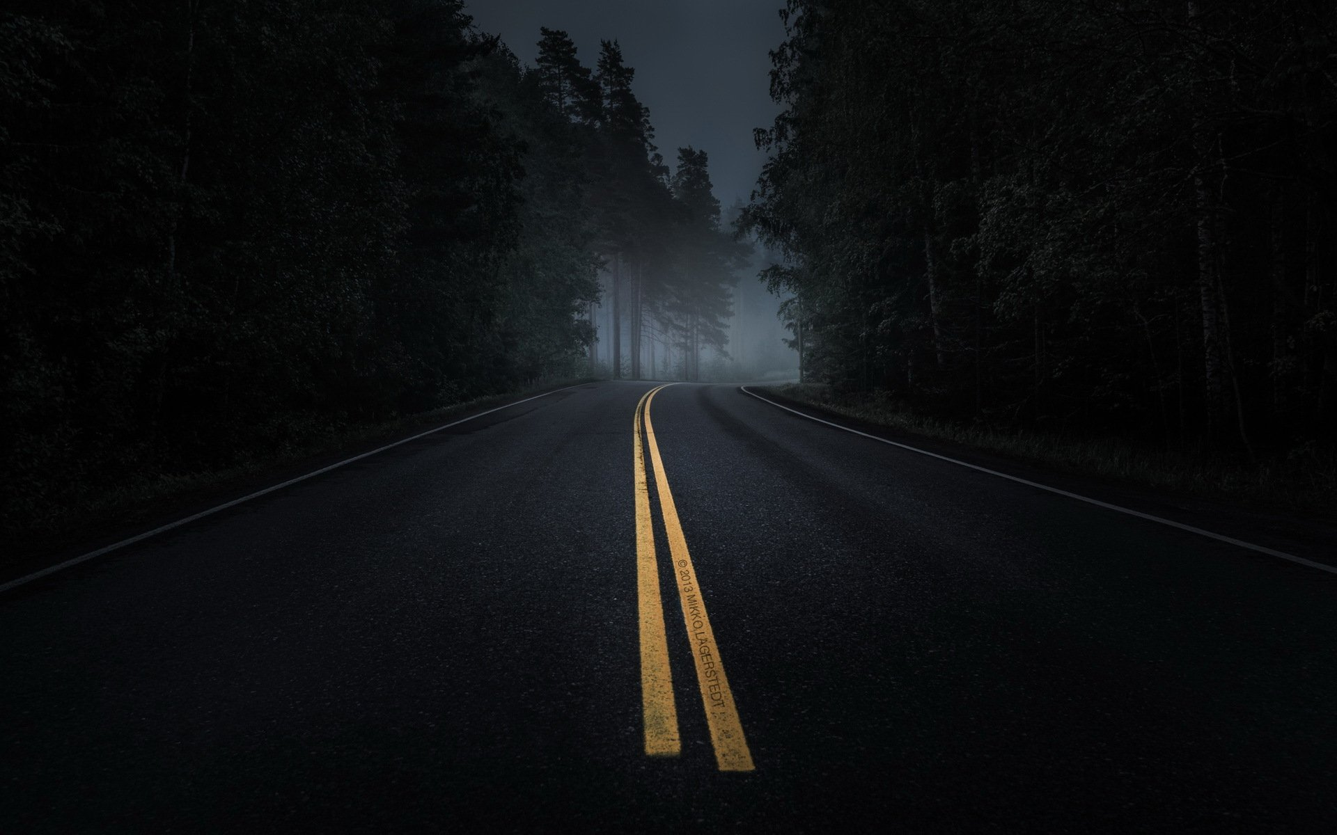 дорога ночь пейзаж HD обои для ноутбука