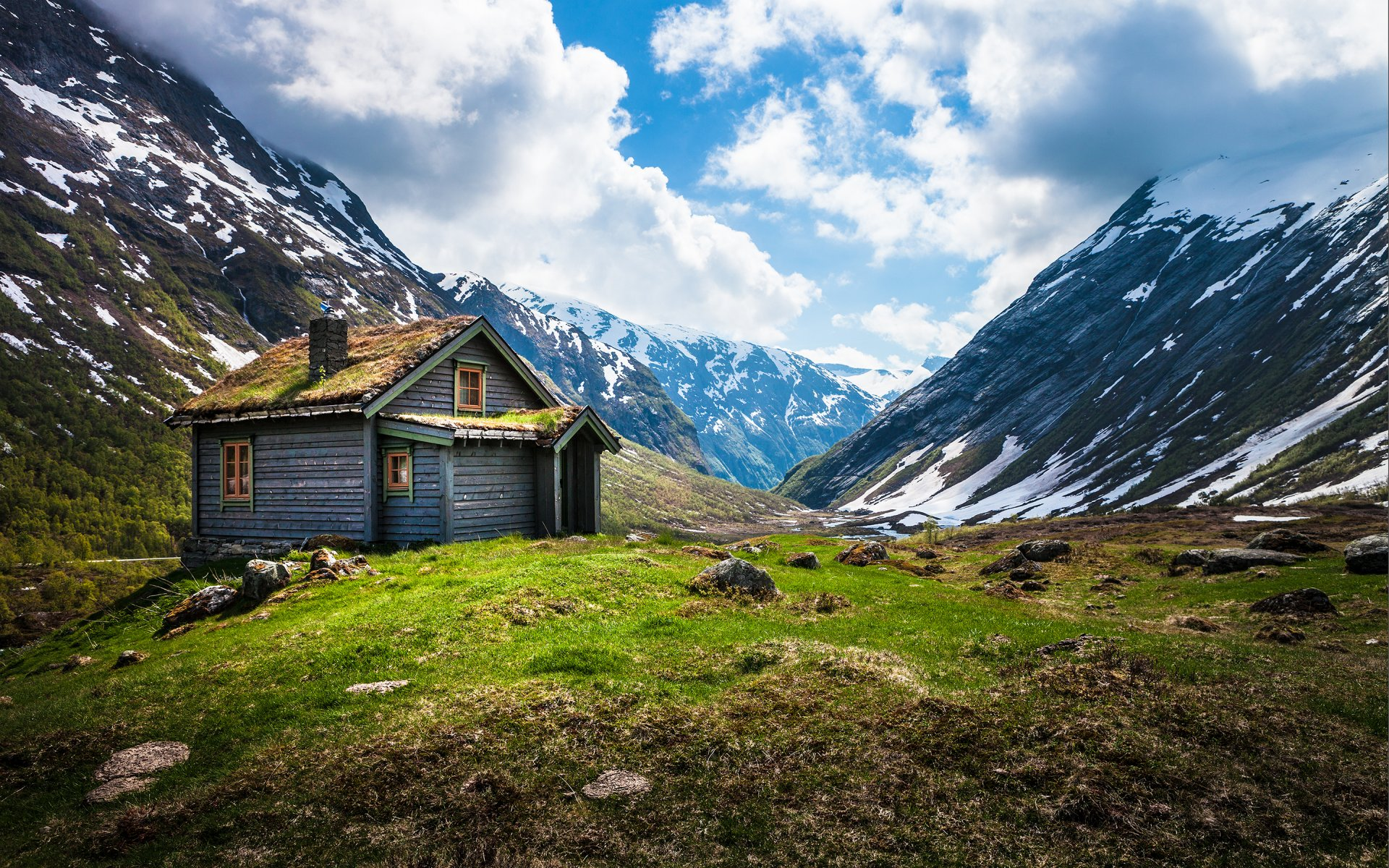 an overview of the life in the mountains and the impact of natural beauty