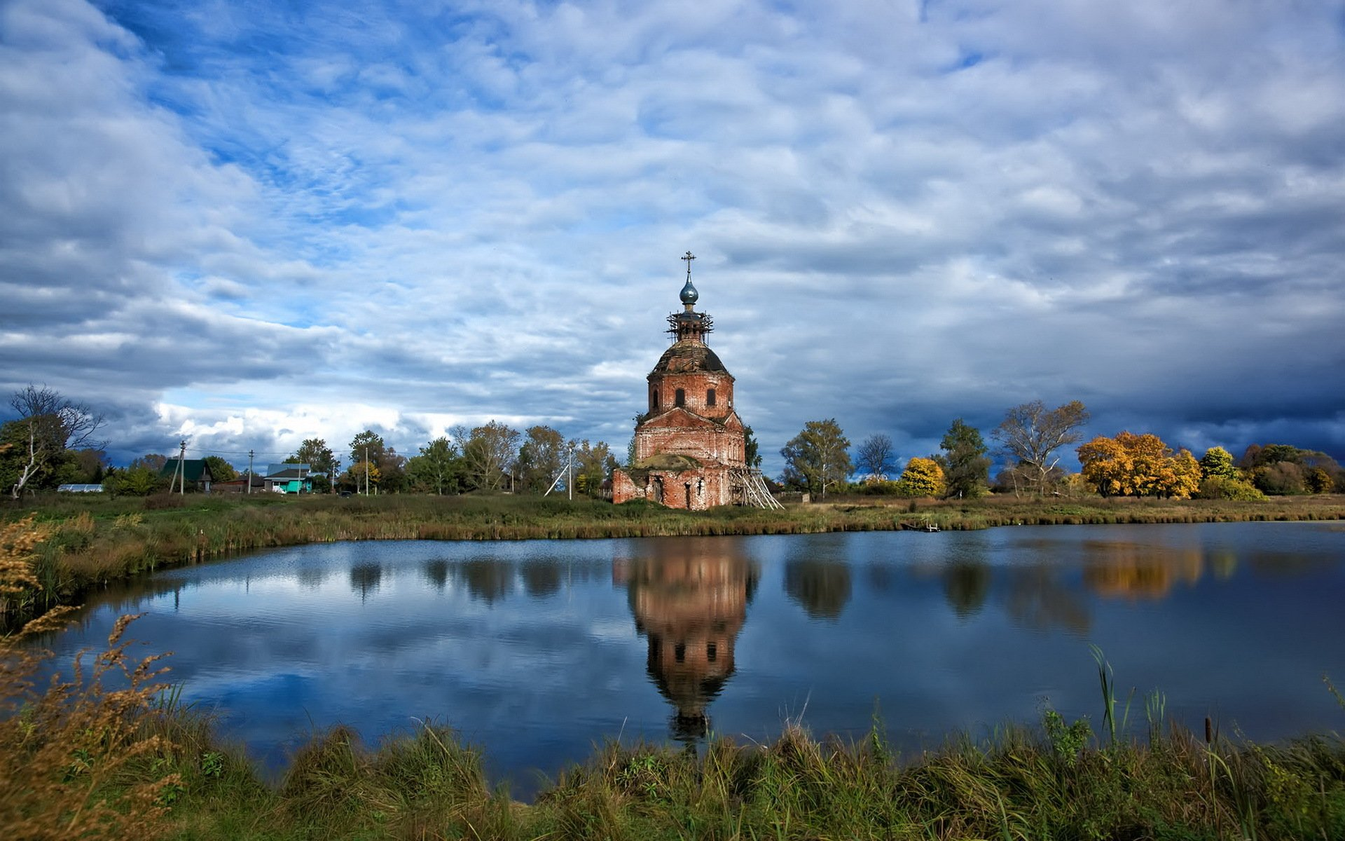 Мая красивые, картинки с храмом и природой