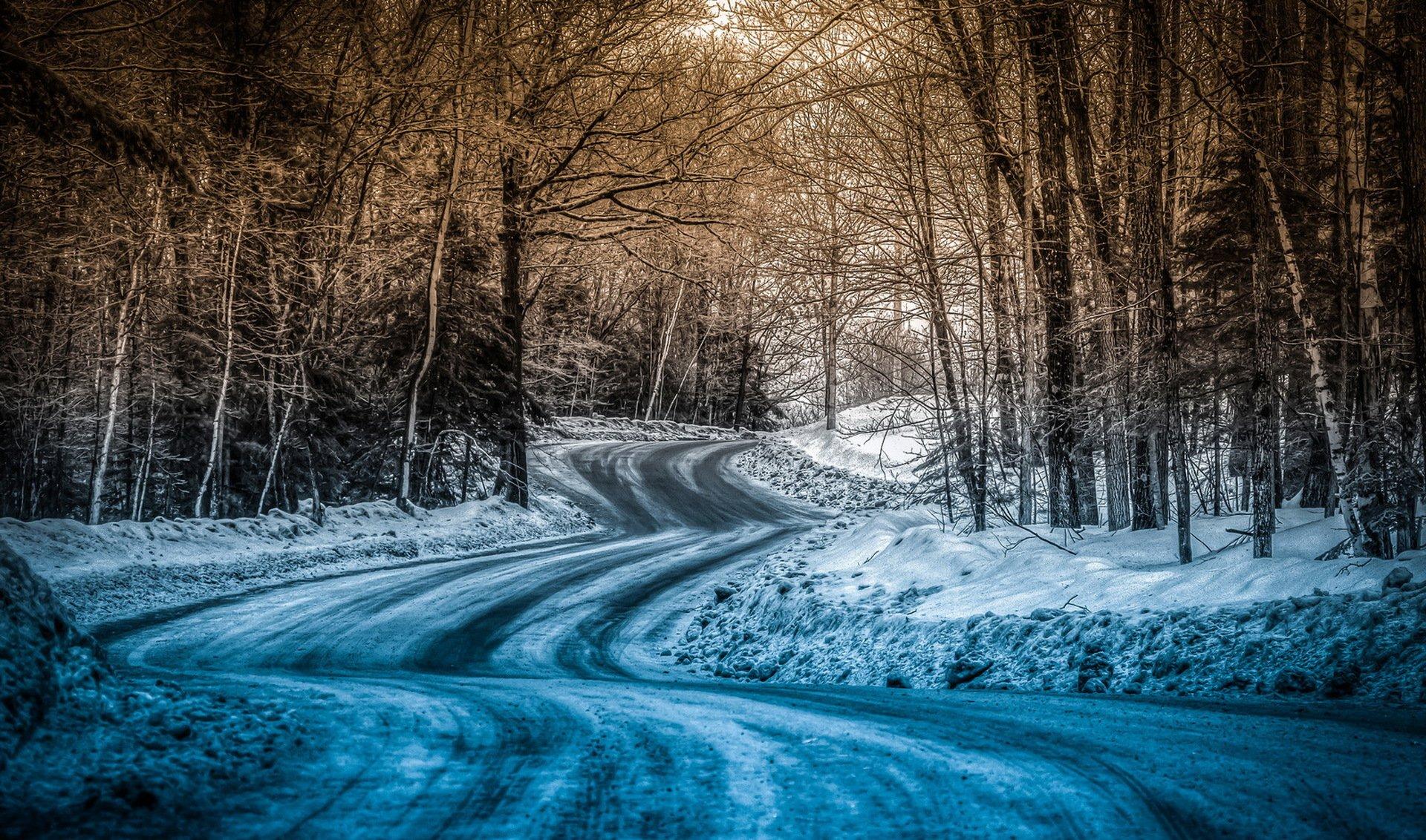 Заснеженная дорога картинки