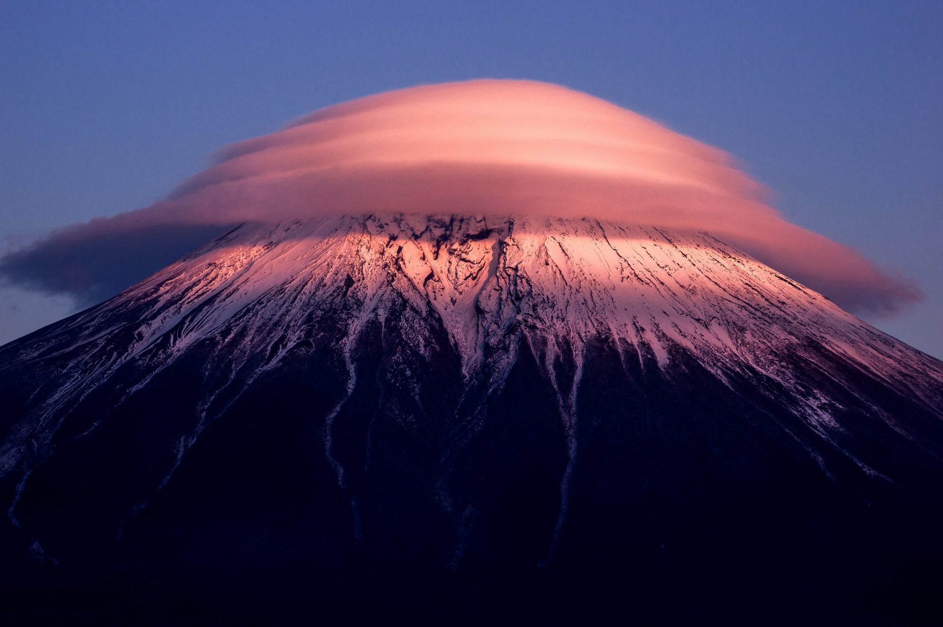 Pictures of mount fuji Mount Fuji Pictures, Photos & Facts - Honshu
