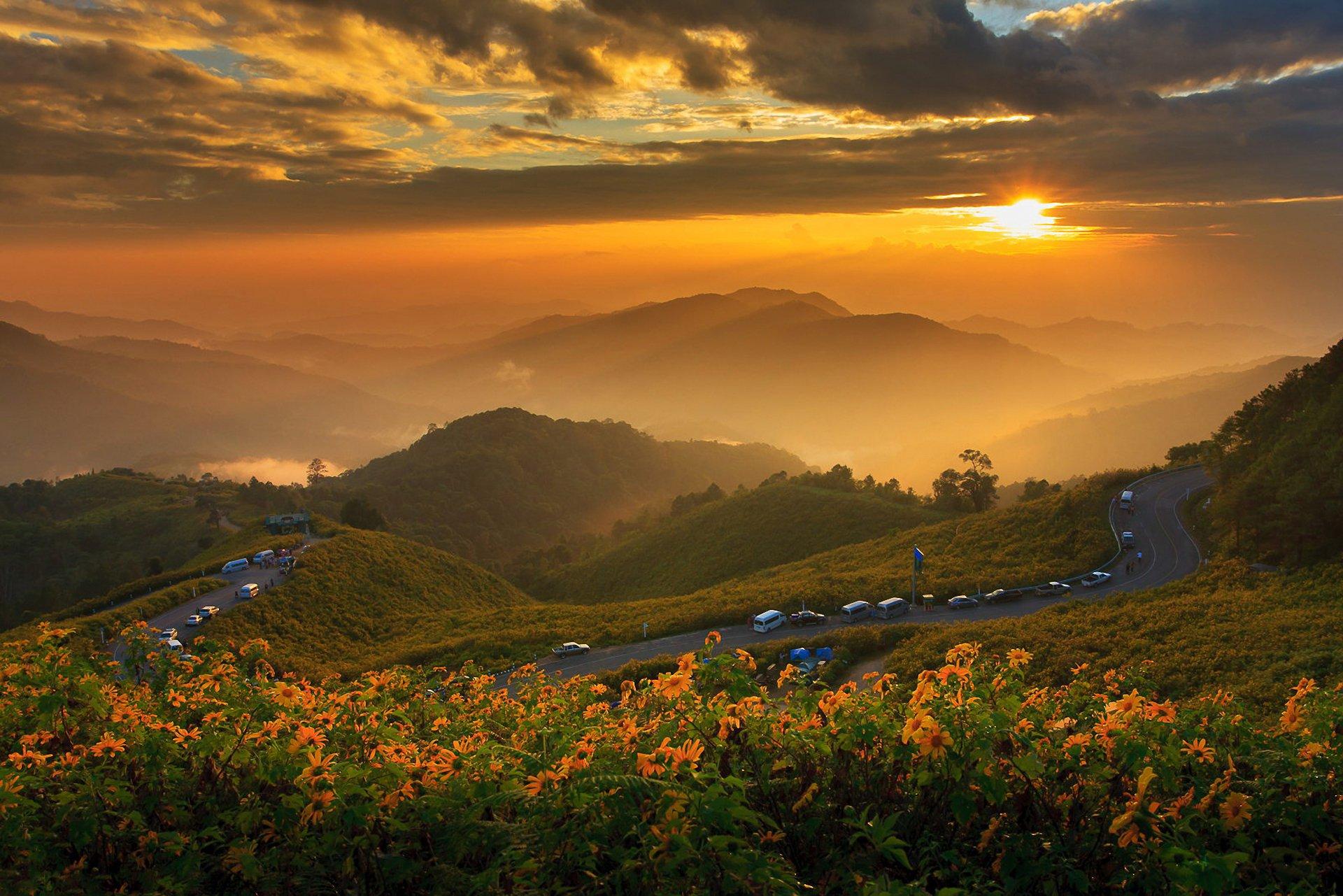 Солнце, рассвет, горы, холмы, дорога  № 3302137 без смс
