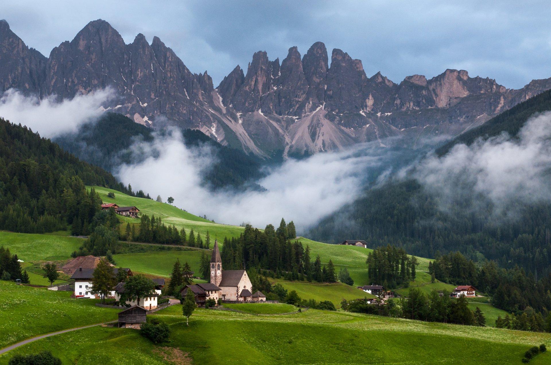 картинки альпы в хорошем качестве она